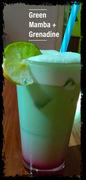 Mit frischem Limetten Saft und Grenadine